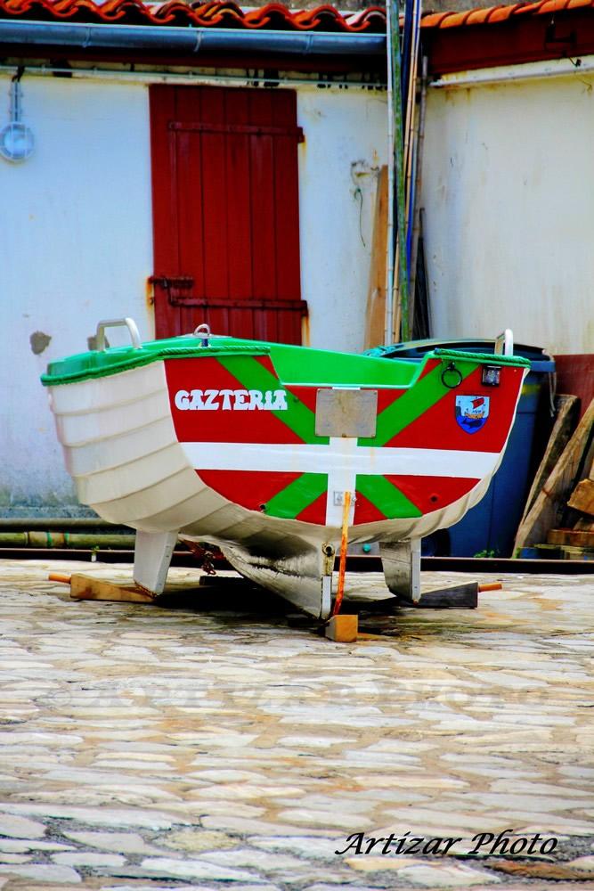 bateau basque à guéthary 0907 VS