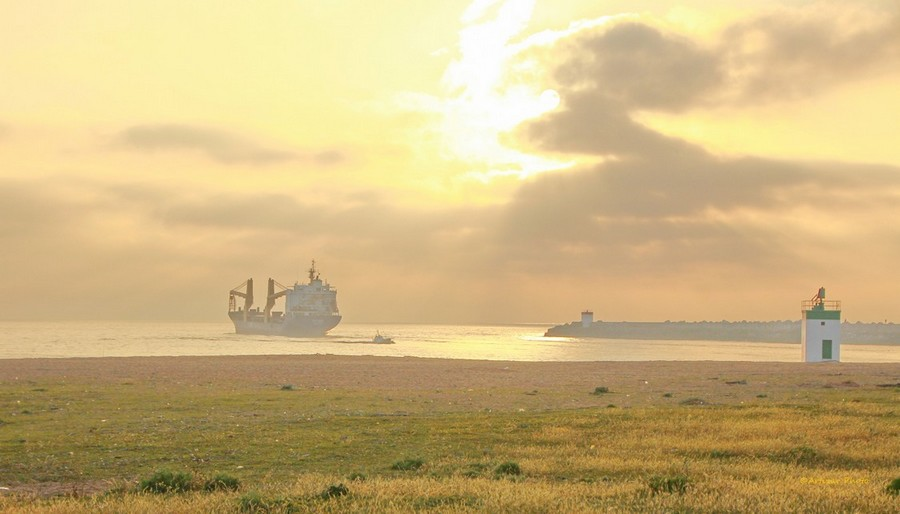 scene maritime fin de journée 2205