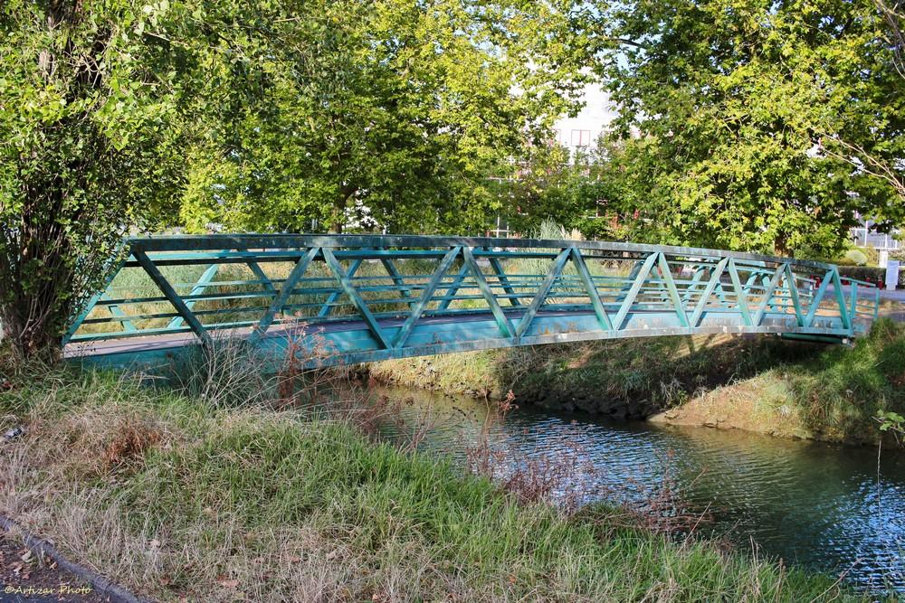 le pont du canal 0202-1